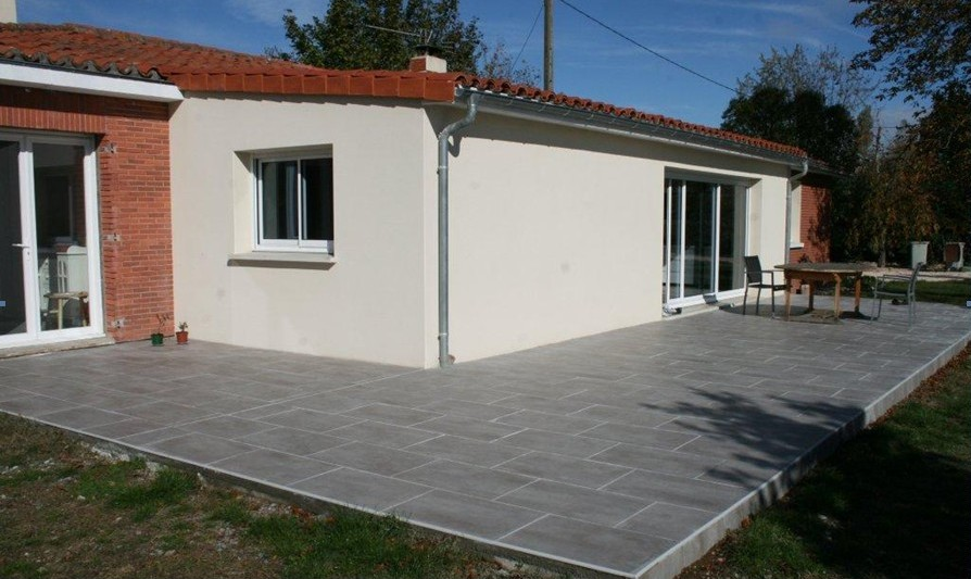 Carrelage exterieur et dalle piscine carrelage en ligne for Grand carrelage exterieur