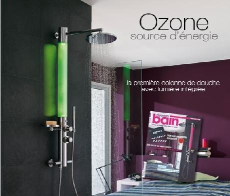 colonne de douche ozone la premi re colonne de douche avec lumi re int gr e avec. Black Bedroom Furniture Sets. Home Design Ideas