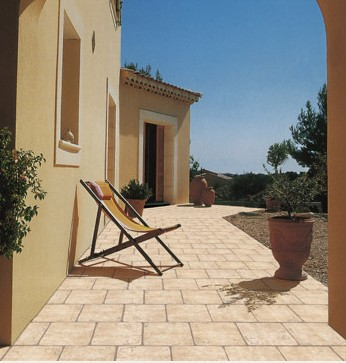 Carrelage terrasse 34x34 Courtine Cit� des Papes Terre Parefeuille Provence