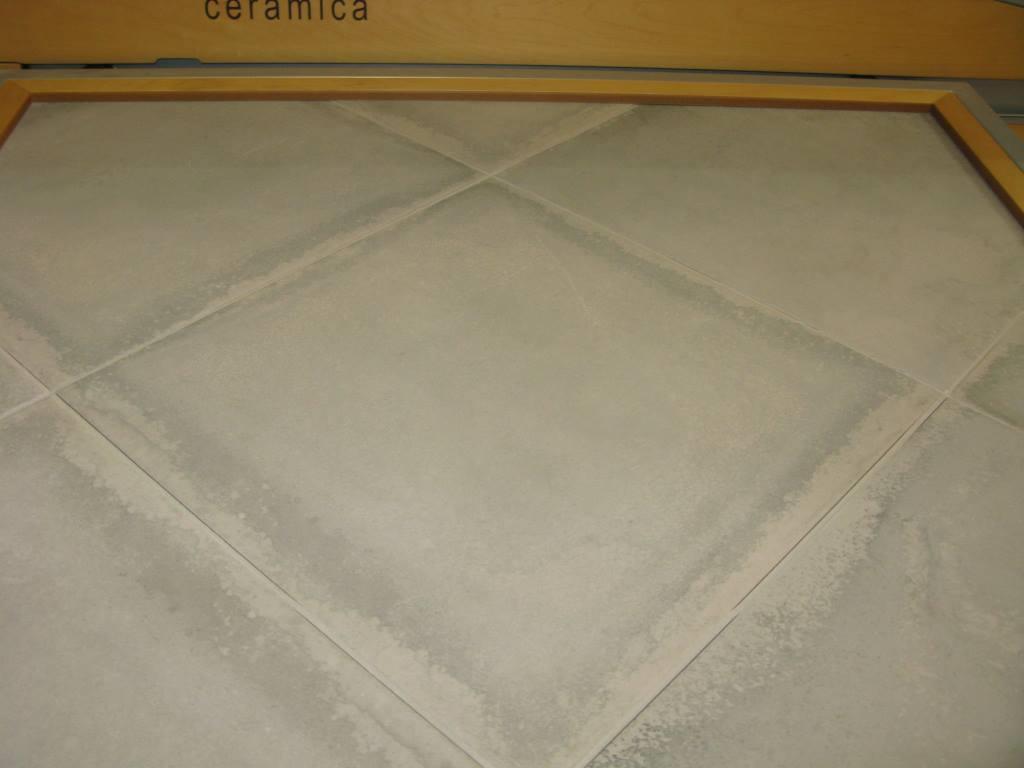 Carrelage 45x45 ring saloni ceramica saloni carrelage for Carrelage blanc 40x40