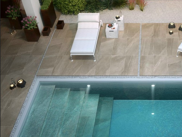 Carrelage en gr s c rame 60x60 paisseur 2 cm sur plot for Joint carrelage piscine