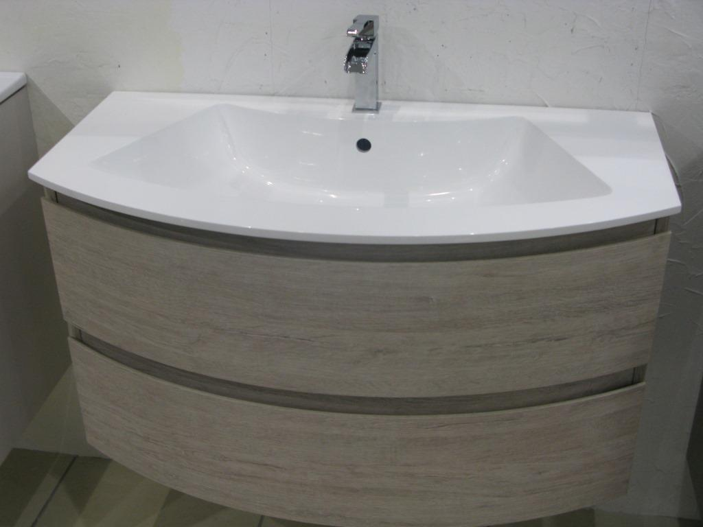 Meuble salle de bains italien circle global trade sl salle for Meuble salle de bain italien